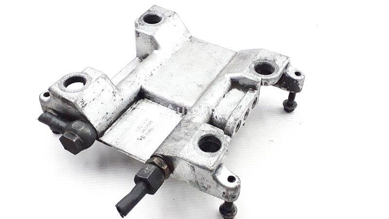 другая запчасть топливной системы SCANIA 4-series 114 (01.95-12.04) (1447909 1367418) для грузовика SCANIA 4-series 94/114/124/144/164 (1995-2004)