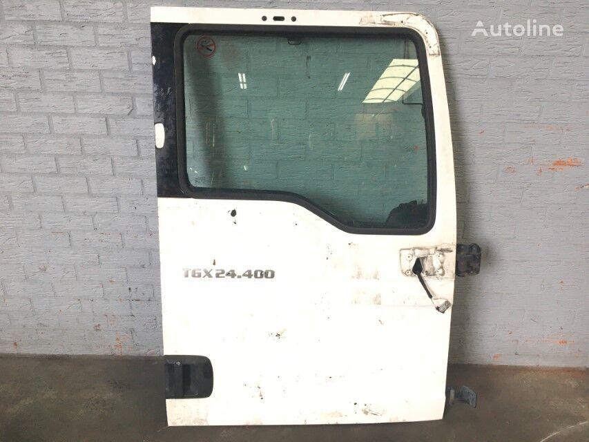 дверь MAN DEUR RECHTS для грузовика MAN TGX