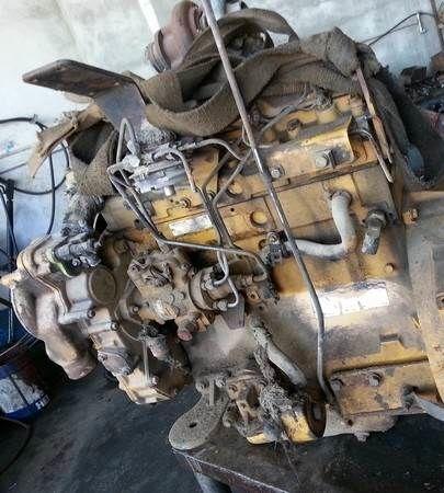 двигатель CATERPILLAR 4cil для трактора