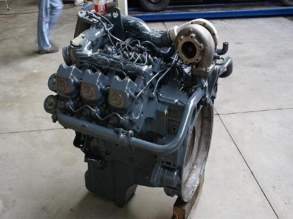 двигатель MERCEDES-BENZ OM 441 LA для грузовика MERCEDES-BENZ OM 441 LA