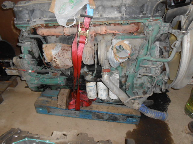 двигатель VOLVO D13A480EC01 ENGINE KW353/480 cm³ 12780 для тягача VOLVO FH13 440/480