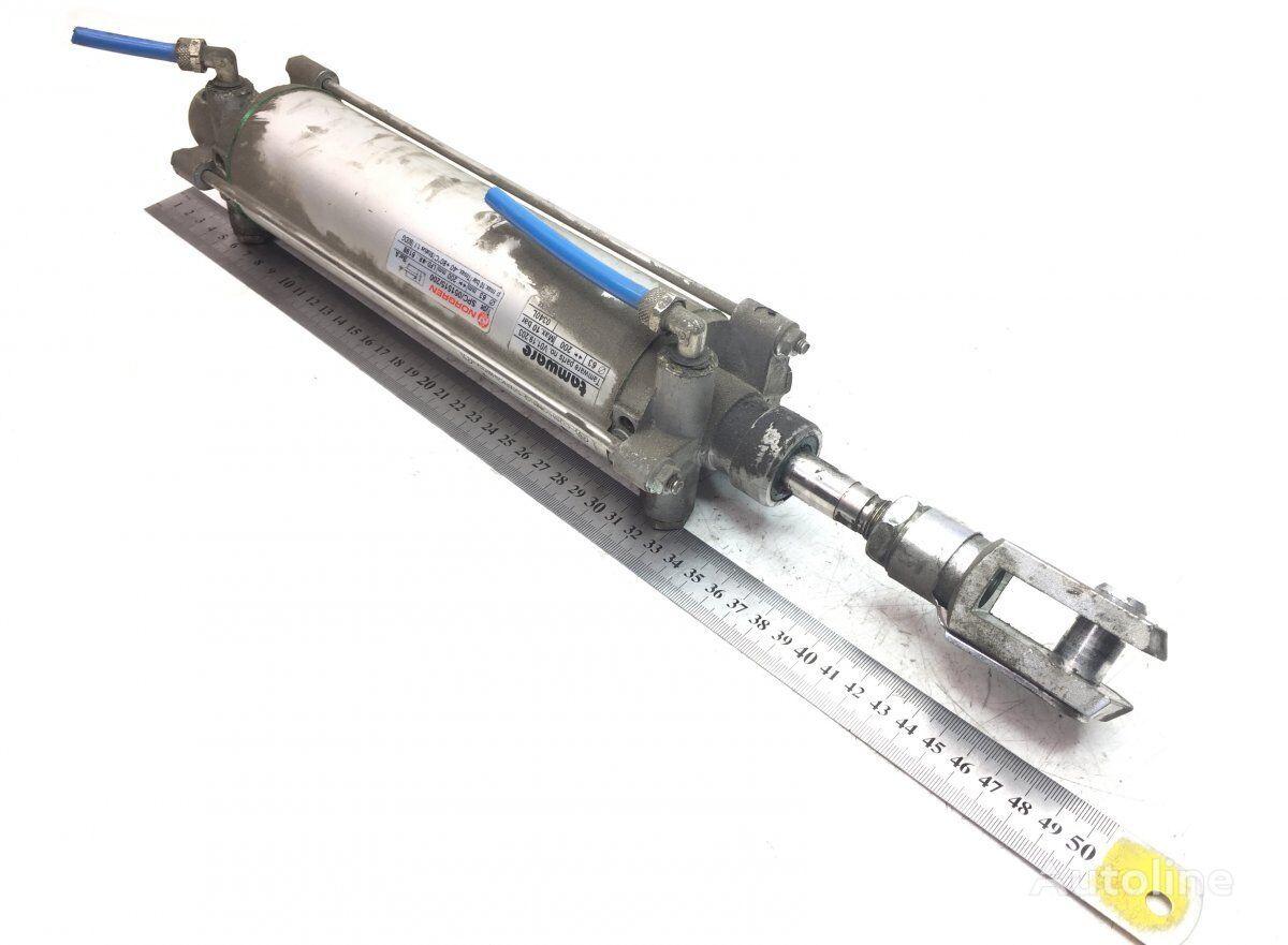 гидроцилиндр NORGREN B7R (01.06-) для автобуса VOLVO B6/B7/B9/B10/B12/8500/8700/9700/9900 bus (1995-)