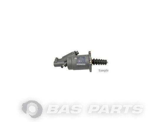 главный цилиндр сцепления DT SPARE PARTS Clutch servo (42535776) для грузовика