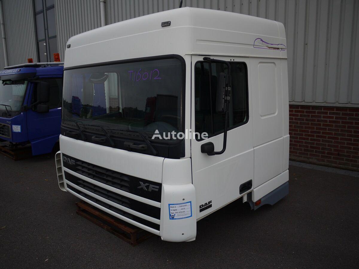 кабина DAF XF95 SPACE CAB для грузовика