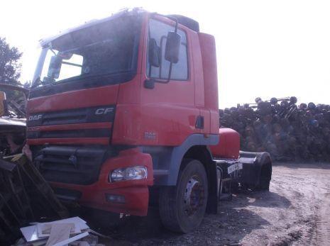 кабина DAF - интерьер салона кабины для грузовика DAF CF - 65/75/85 (2004 год.)