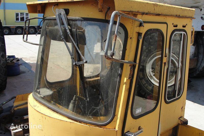 кабина VOLVO для фронтального погрузчика VOLVO BM4600