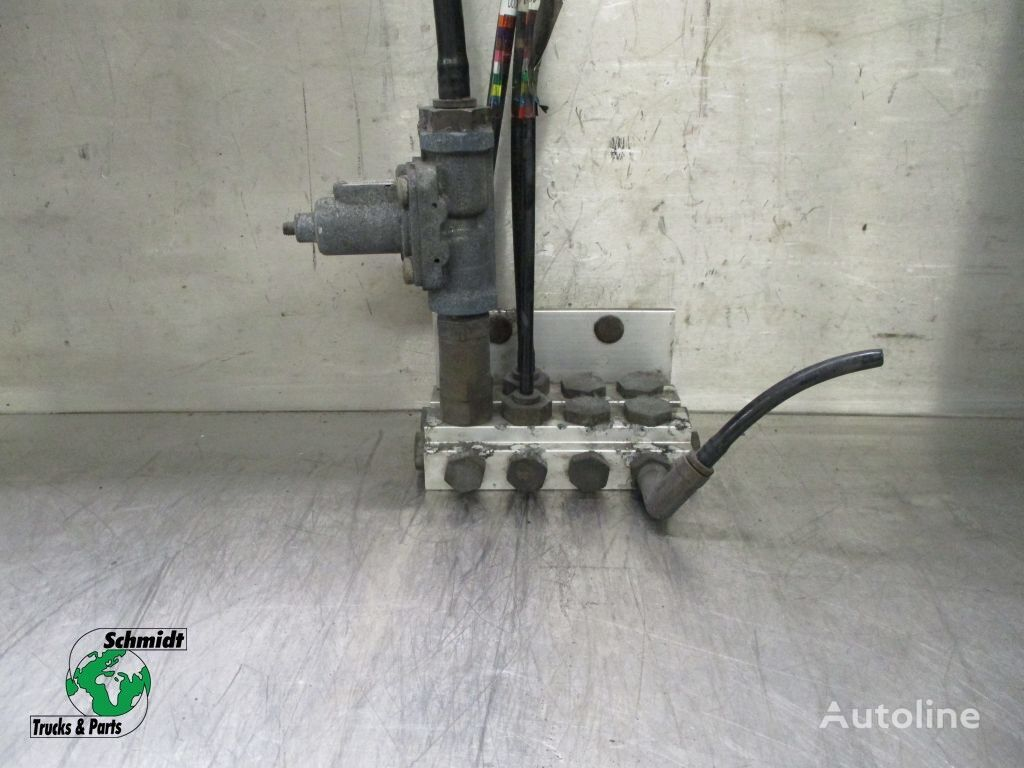 клапан двигателя VOLVO (1598426) для грузовика