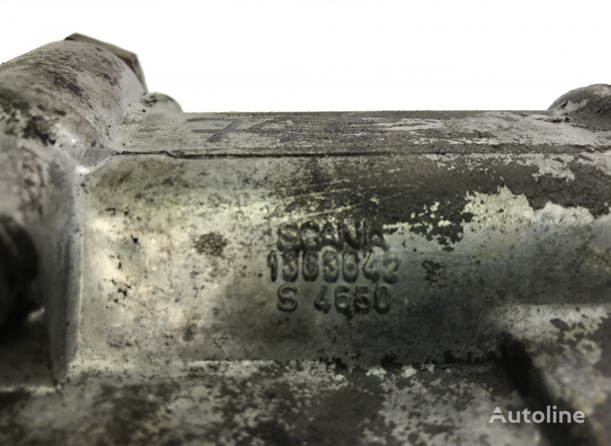 корпус масляного фильтра Oil filter bracket (1363642) для тягача SCANIA 4-series 94/114/124/144/164 (1995-2004)