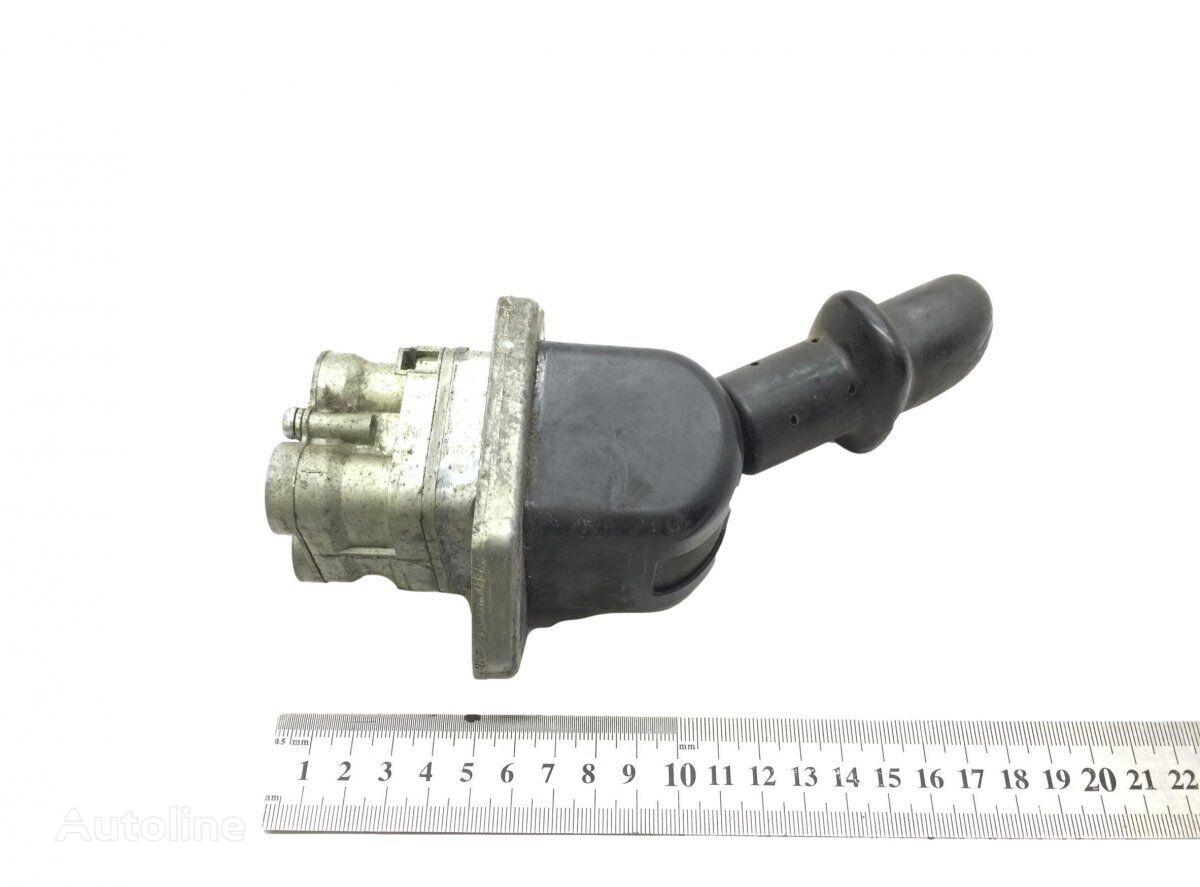 кран ручного тормоза WABCO (20367533 1524321) для тягача RENAULT Magnum Dxi (2005-2013)