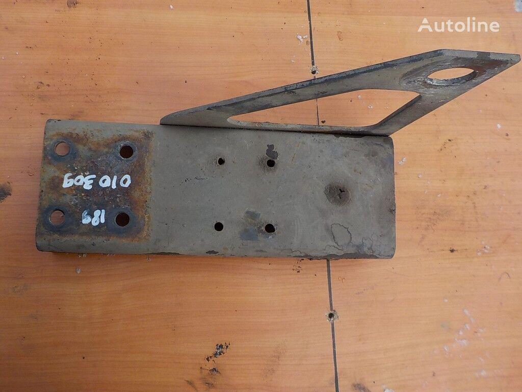 крепежные элементы DAF Кронштейн бампера LH для грузовика DAF