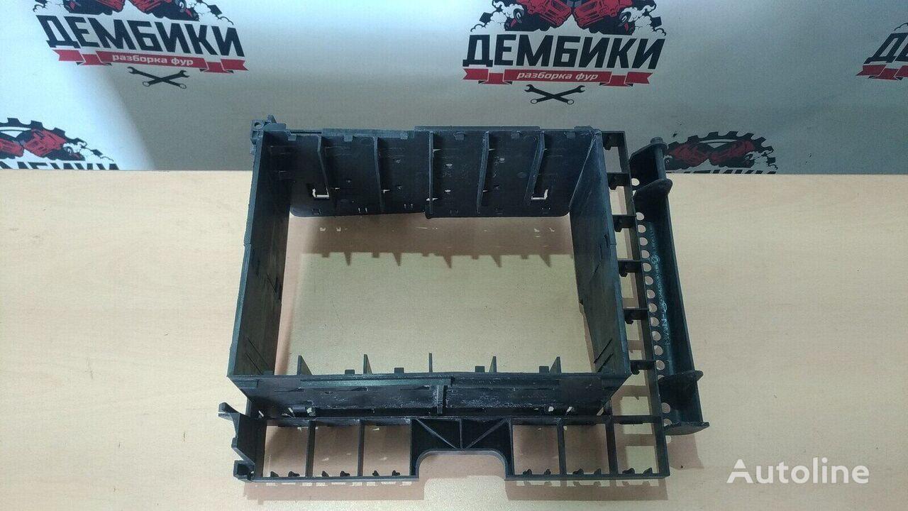 крепежные элементы Держатель электрощитка MAN (81254410656) для грузовика