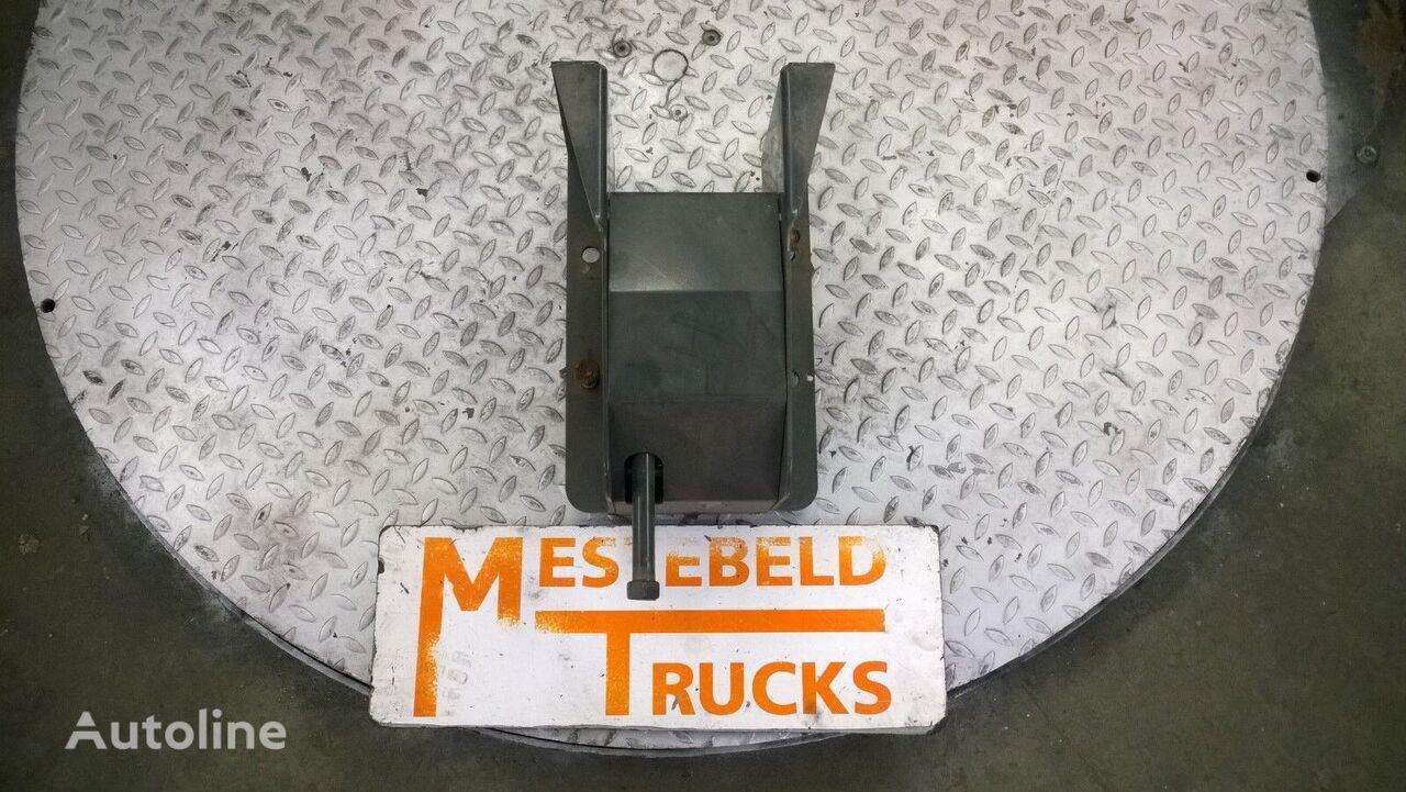 крепежные элементы RENAULT Reservewielhouder для грузовика