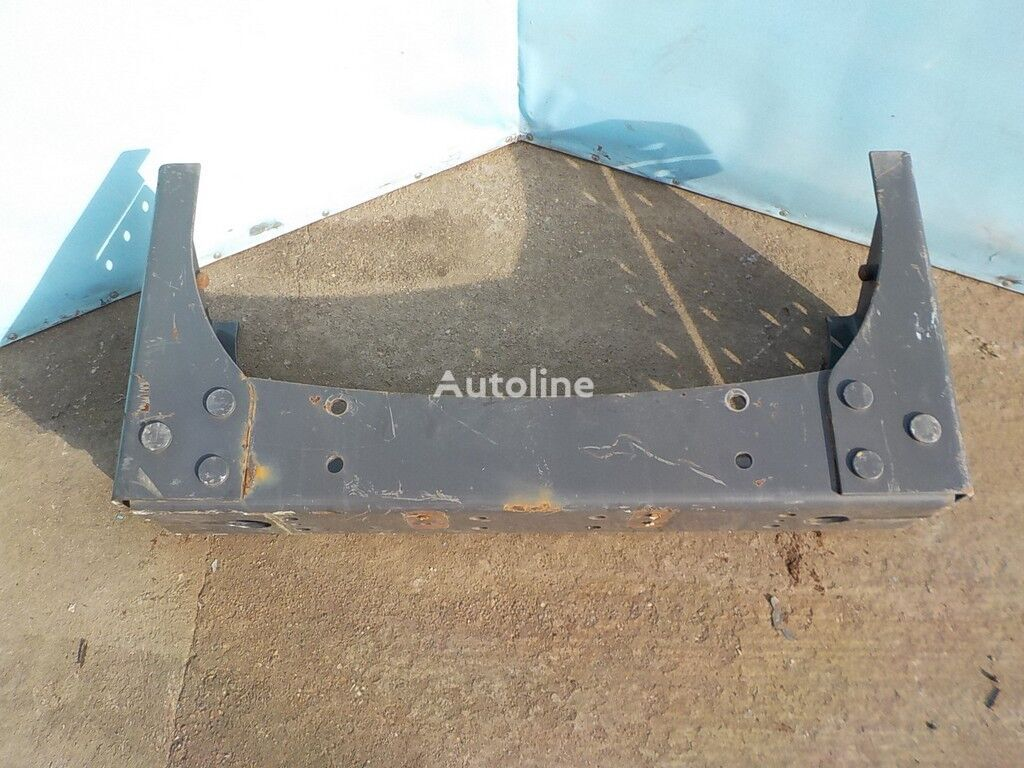 крепежные элементы RENAULT Траверса рамы поперечная для грузовика RENAULT