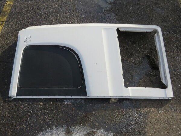 крепежные элементы SCANIA Боковая панель левая (1761645) для грузовика SCANIA CG/CR 19