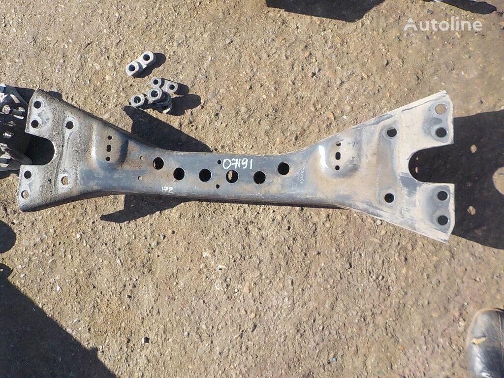 крепежные элементы SCANIA Траверса для грузовика SCANIA