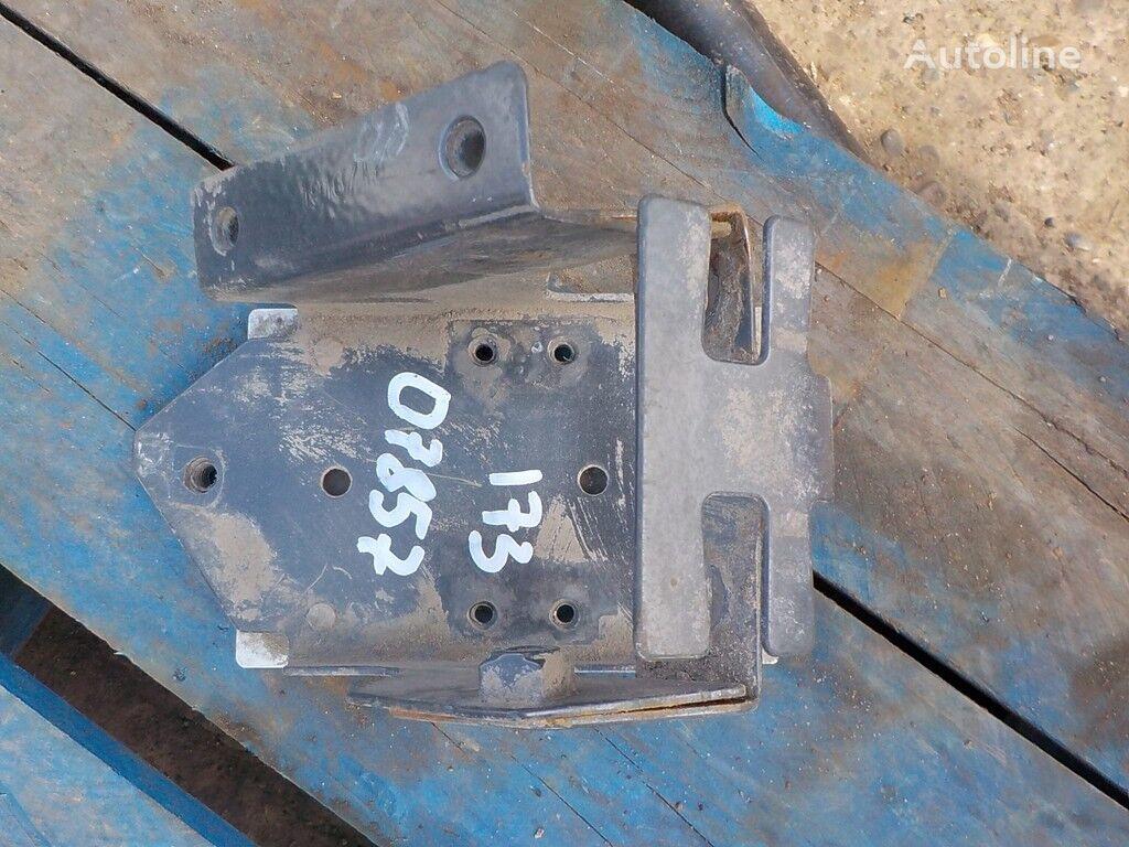 крепежные элементы Кронштейн заднего крана уровня пола Volvo для грузовика