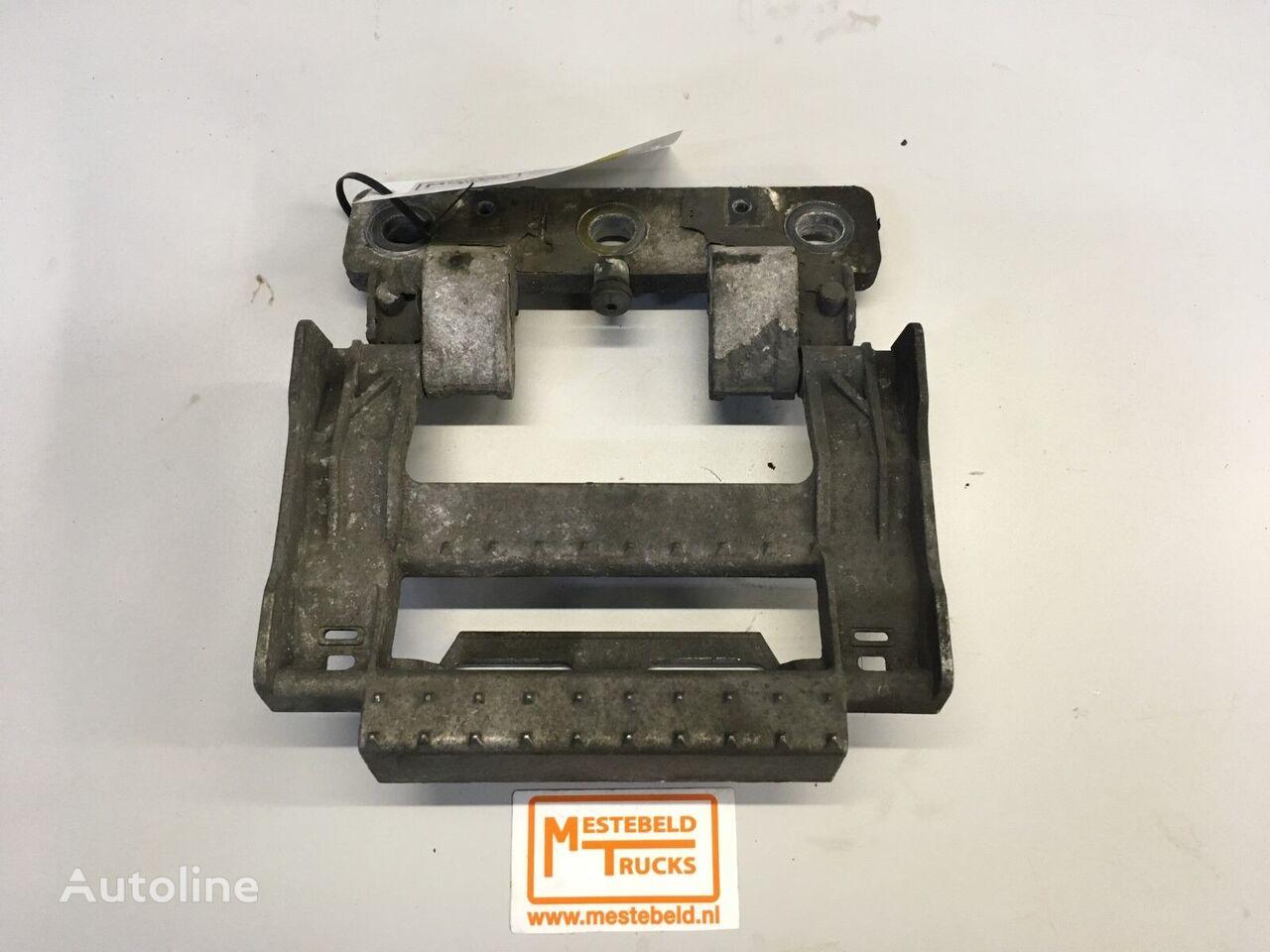 облицовка DAF Opstaptrede in grille для грузовика DAF XF95/XF105