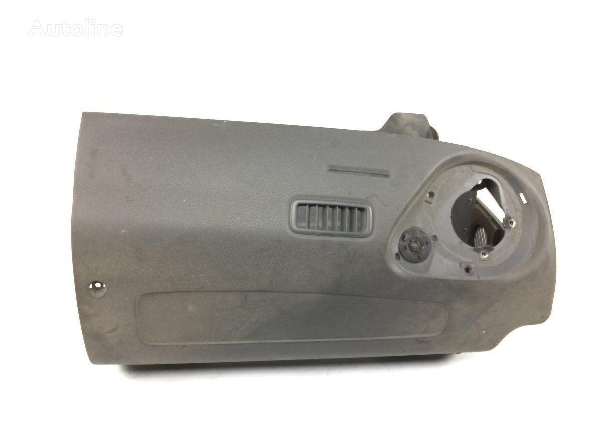 облицовка VOLVO Dashboard Plastic Cover (20372152) для грузовика VOLVO FM7/FM9 (1998-2005)