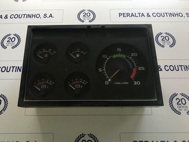 панель приборов VOLVO (8150372) для грузовика VOLVO FL7