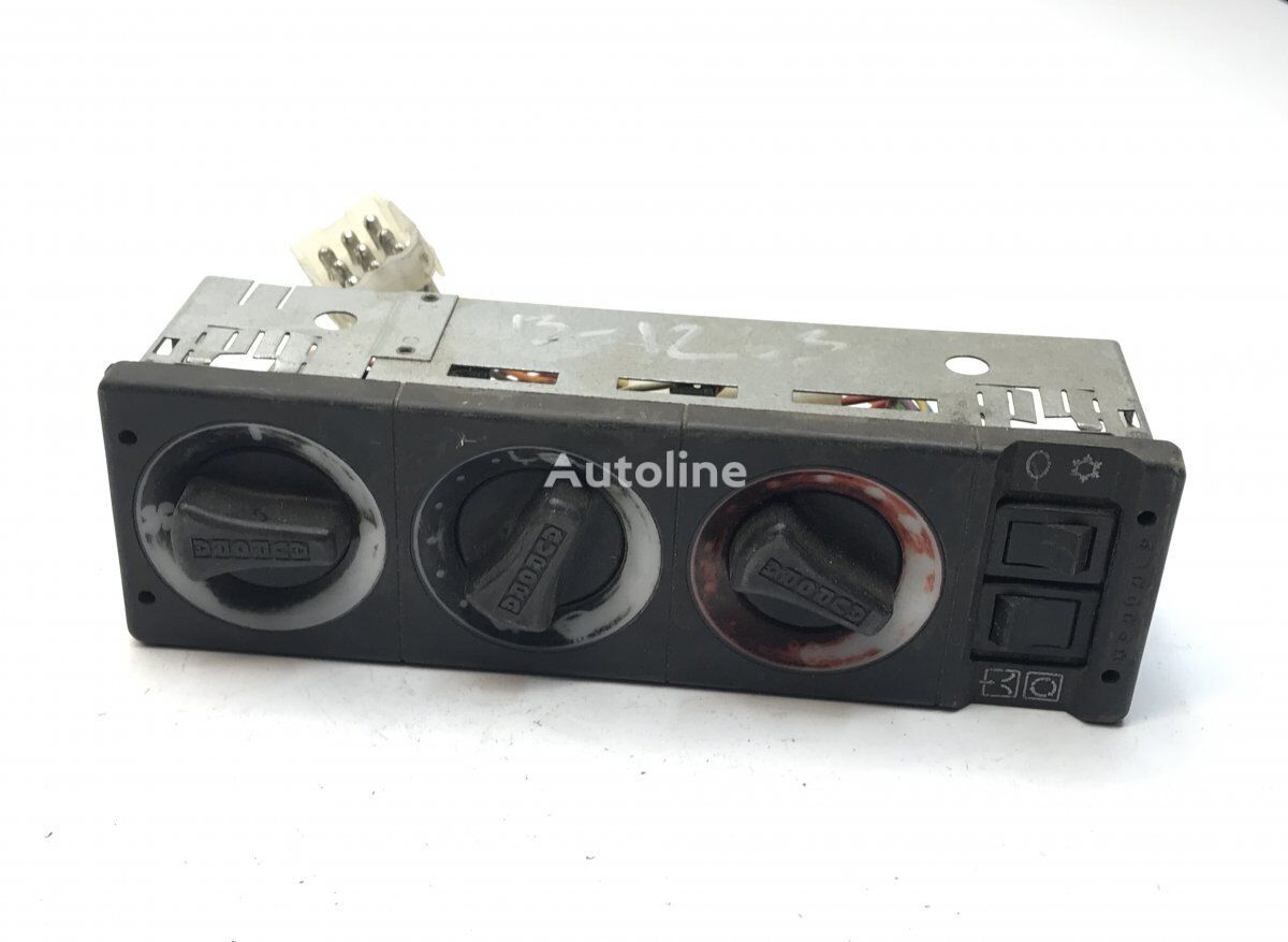 панель приборов AURORA Cabin Heater Switches Panel (77700214) для автобуса VOLVO B6/B7/B9/B10/B12/8500/8700/9700/9900 (1995-)