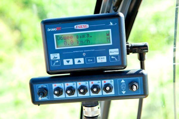 новый панель приборов Bravo-180 для опрыскивателя
