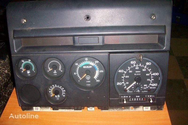 панель приборов DAF CF-85 для тягача DAF  XF,CF