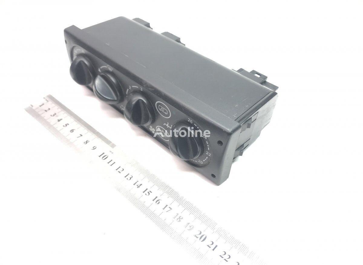 панель приборов UWE для автобуса VOLVO B6/B7/B9/B10/B12/8500/8700/9700/9900 (1995-)
