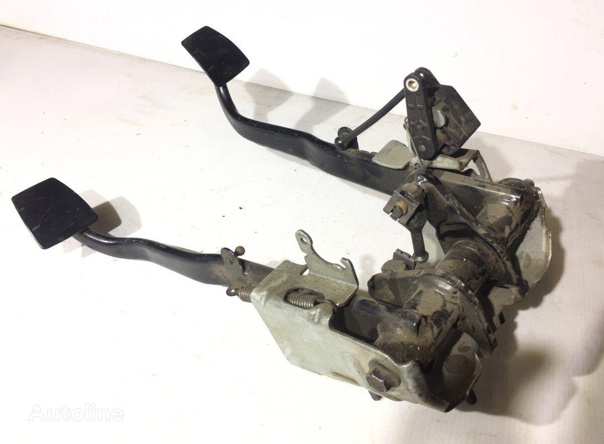 педаль тормоза SCANIA R-series (01.04-) для грузовика SCANIA P G R T-series (2004-)