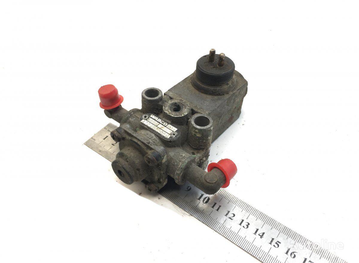 пневмоклапан WABCO (4722500000) для тягача SCANIA 4-series 94/114/124/144/164 (1995-2004)