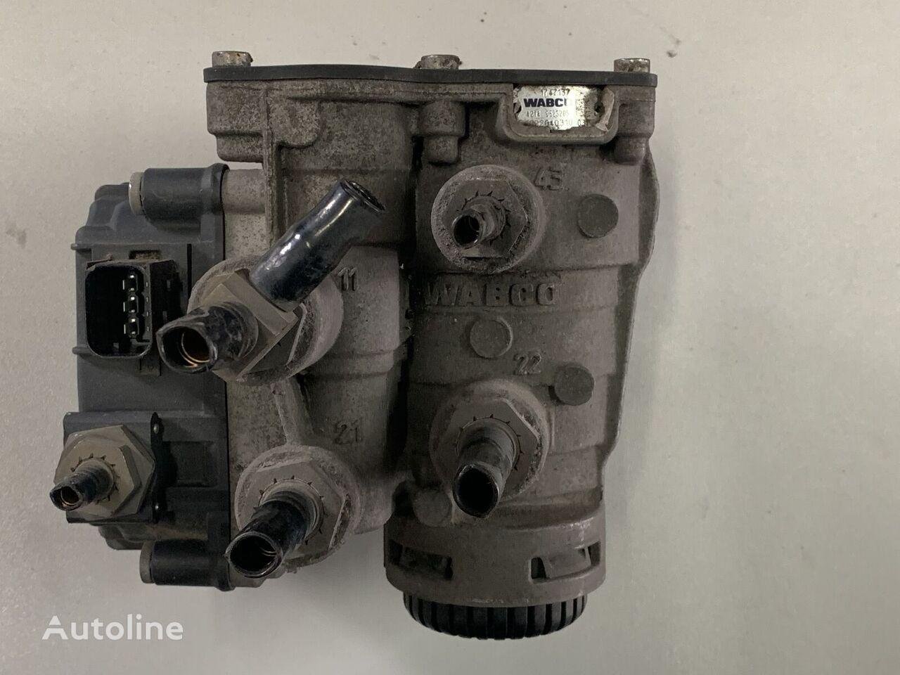 пневмоклапан WABCO DAF XF 106 sterowanie naczepą для тягача DAF XF 106