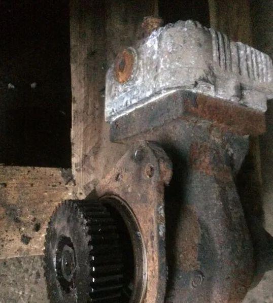 пневмокомпрессор для трактора FENDT 724