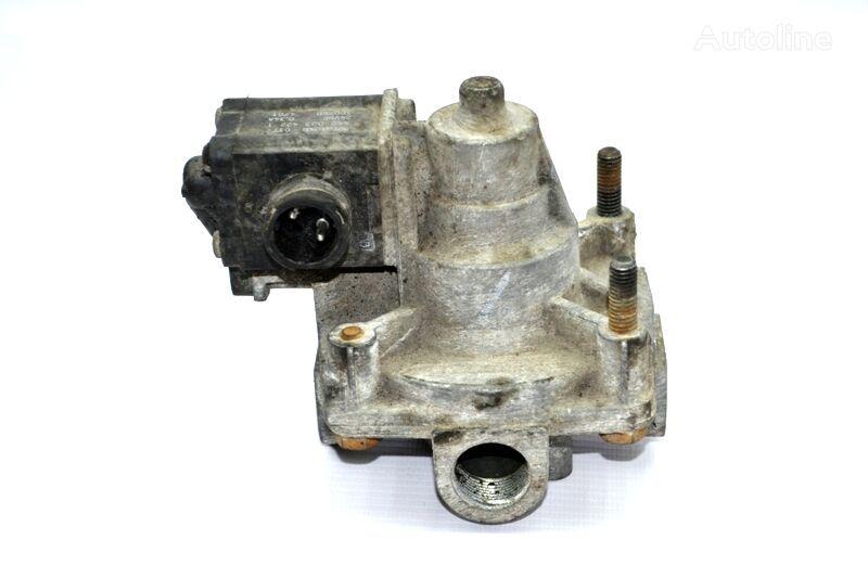 пневмокран WABCO ускорительный тормозной (1424129) для грузовика SCANIA 4-series 94/114/124/144/164 (1995-2004)