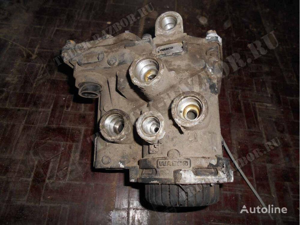 пневмокран управления тормозами прицепа (0004319413) для тягача MERCEDES-BENZ