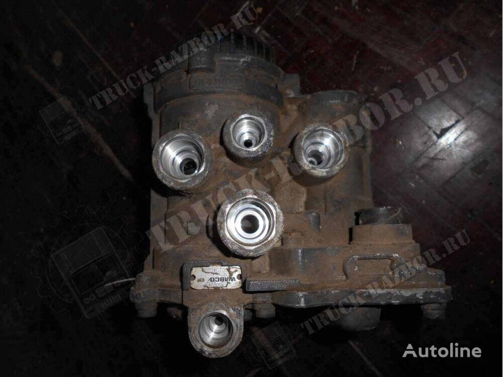 пневмокран управления тормозами прицепа (1601034) для тягача DAF