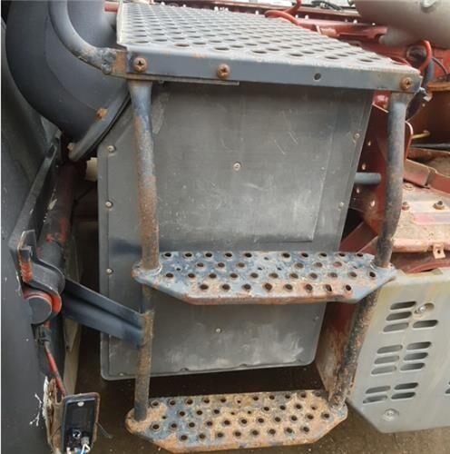 подножка для грузовика IVECO EuroTech (MP) FSA (440 E 43) [10,3 Ltr. - 316 kW Diesel]