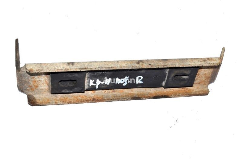 подножка RENAULT Magnum E.TECH (01.00-) (5000938826) для грузовика RENAULT Magnum E.TECH (2000-)