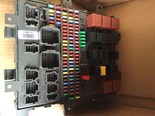 новая предохранительная коробка VOLVO (21899301) для грузовика VOLVO FH,FM,FMX,FE,FL