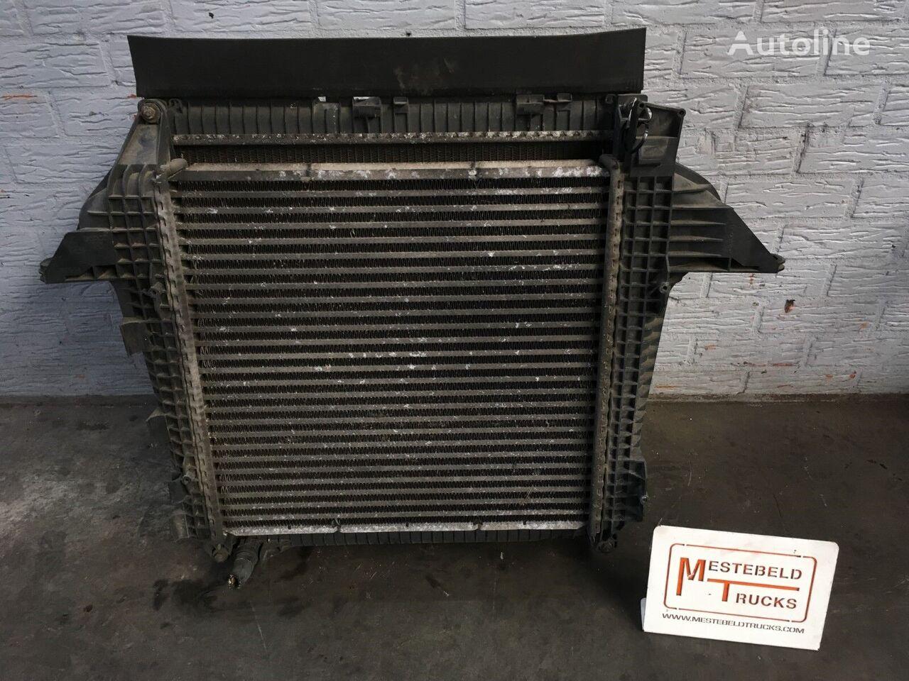 радиатор охлаждения двигателя + INTERCOOLER для грузовика MAN TGL