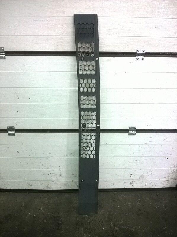 решетка радиатора MAN (81.08201.0418) для грузовика MAN TGA (2000-2008)