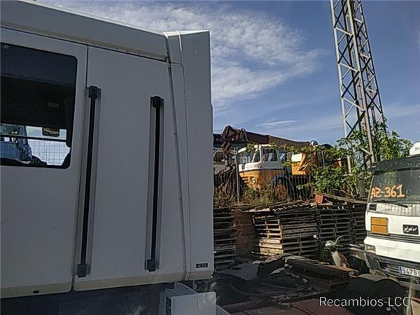 спойлер SPOILER LATERAL IZQUIERDO Renault Magnum AE 430.18 для грузовика RENAULT Magnum AE 430.18