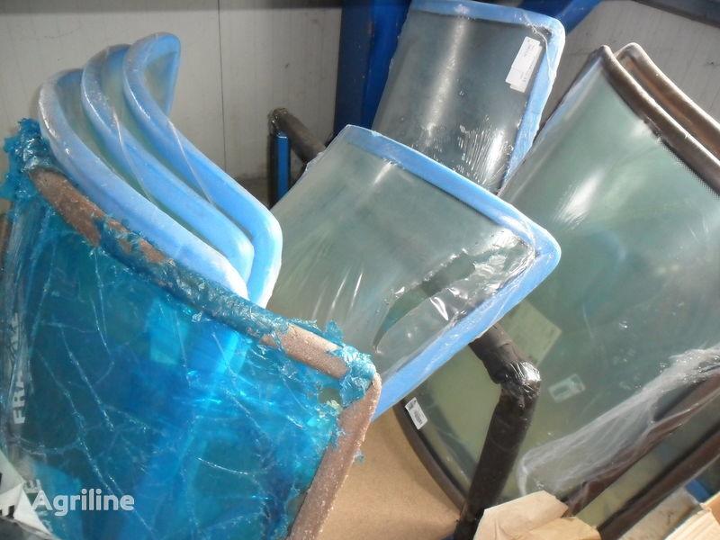 новое стекло MASSEY FERGUSON для трактора MASSEY FERGUSON 3080-3125-3655-3690-8130-81606465-6480-7465-7480-8250