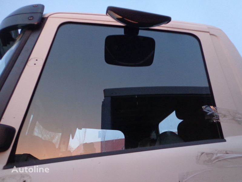 стекло SCANIA для грузовика SCANIA 94, 114, 124
