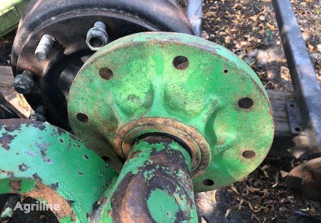 ступица для зерноуборочного комбайна JOHN DEERE 2258