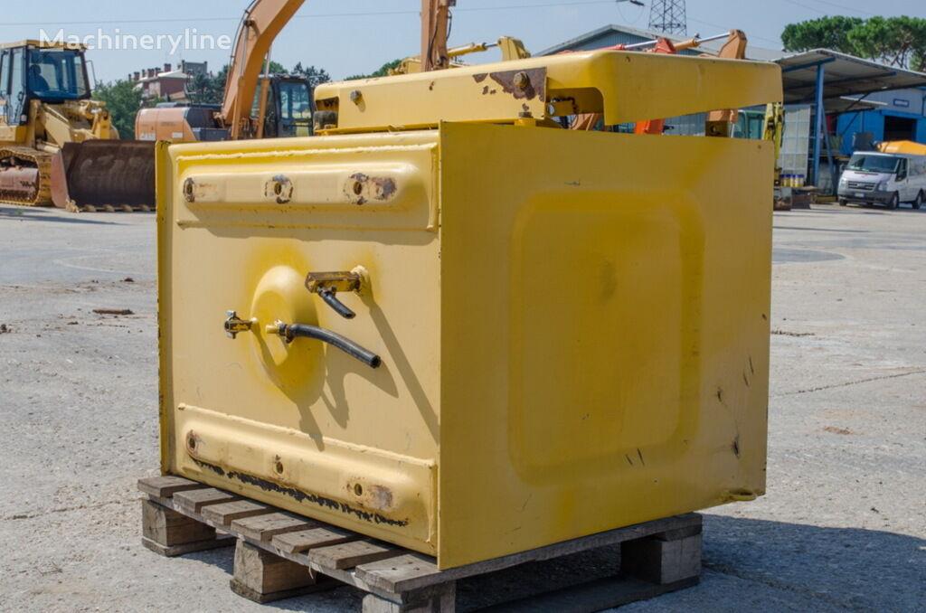топливный бак KOMATSU для экскаватора KOMATSU PC240LC-6