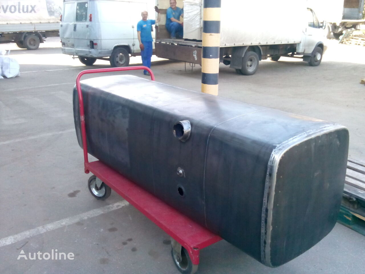 новый топливный бак MAN для грузовика MAN TGA TGX