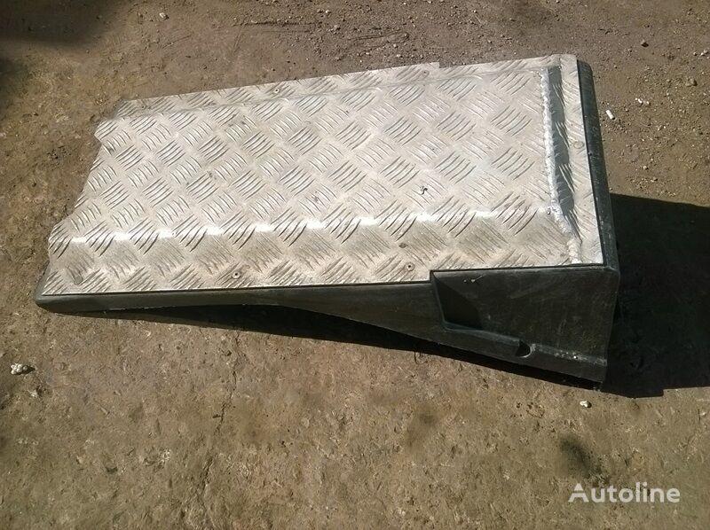 ящик АКБ RENAULT Крышка для грузовика RENAULT Premium 2 (2005-)