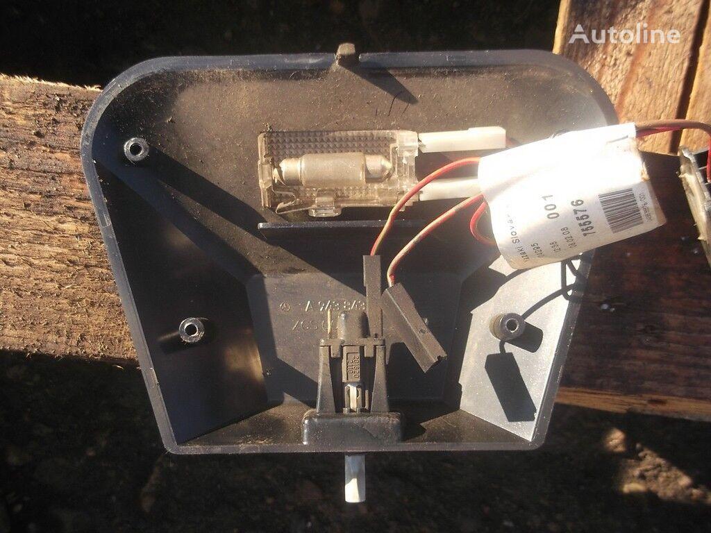 запчасти Корпус освещения вещевого отсека для грузовика MERCEDES-BENZ