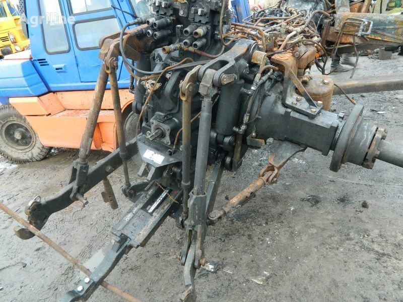 запчасти б/у запчасти / used spare parts NEW HOLLAND для трактора NEW HOLLAND T7030
