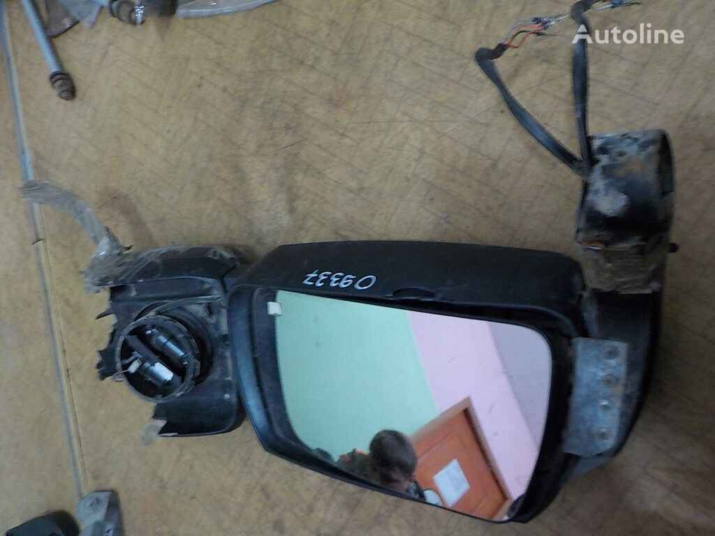 зеркало боковое заднего вида LH Iveco для грузовика
